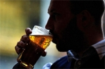 Alcoholism: Experimental and Clinical Research: studio sulle proprietà della birra, forse in grado di contrastare l'Alzheimer
