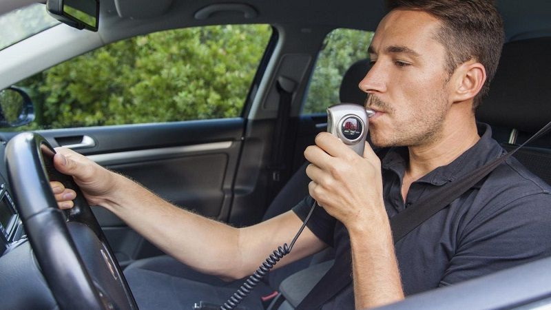 Ignition interlock: il dispositivo che negli USA ha ridotto del 7% gli incidenti stradali alcolcorrelati