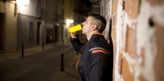 Drug and Alcohol Dependence: gli energy drink possono aprire la strada alla dipendenza da cocaina, alcol o farmaci illeciti